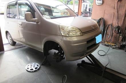 ホンダ ライフ タイヤ交換